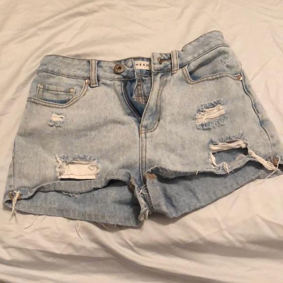 Bullhead Pants - Ripped jean shorts